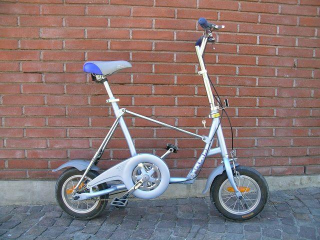 Quel est le poids d'un vélo pliant ?